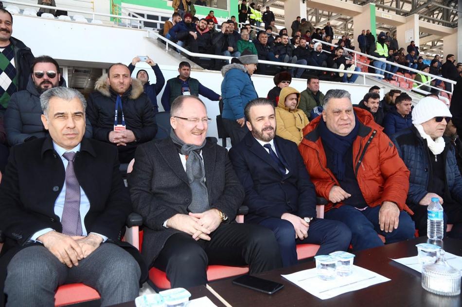 2020/02/1582115849_sivas_sakaryaspor160220_02.jpg