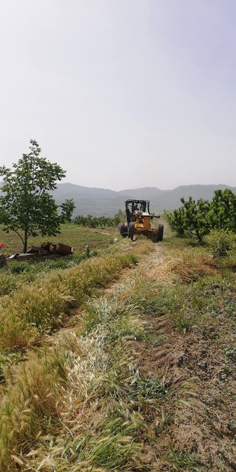 2020/05/1589999506_safibey_arazi_yollari_duezeltildi200520_06.jpg