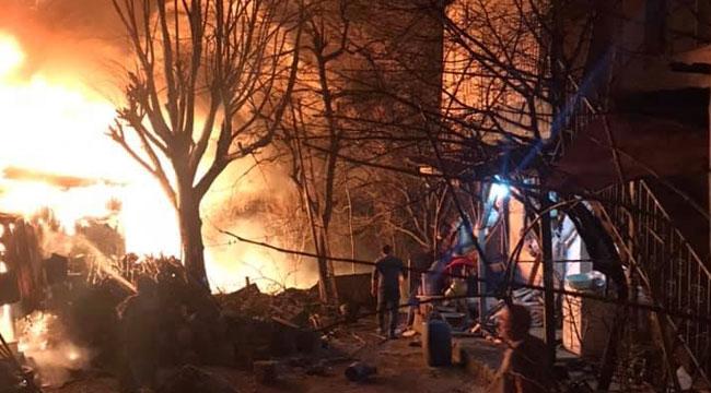 Geyve Kızılkaya'da yangın
